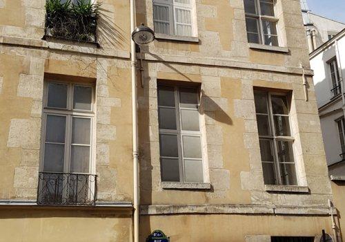 Fenêtres extérieures en trompe l'oeil